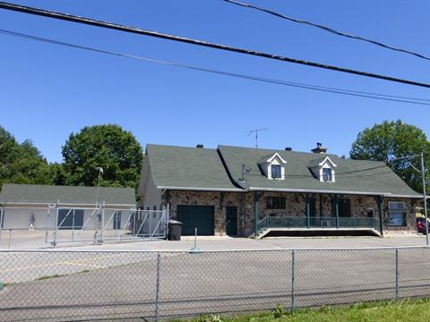Bâtisse commerciale à vendre à Saint-Charles-Borromée, Lanaudière, 2000, Rue de la Visitation, 14666271 - Centris