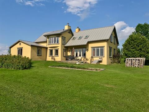 Hobby farm for sale in Valcourt - Canton, Estrie, 2554A, Chemin  Malboeuf, 13949121 - Centris.ca