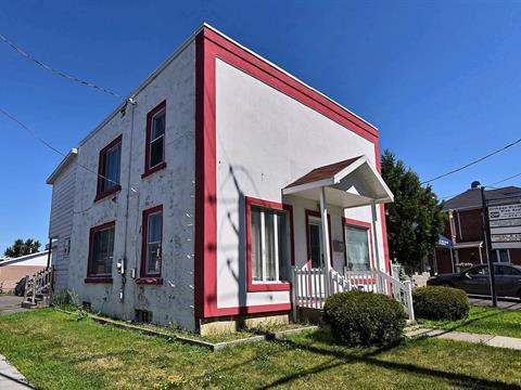 Maison à vendre à Granby, Montérégie, 46, Rue  Saint-Charles Sud, 17380921 - Centris.ca
