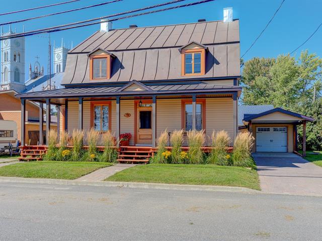 Maison à vendre à Sainte-Anne-de-la-Pérade, Mauricie, 55, Rue  Dorion, 23214564 - Centris.ca