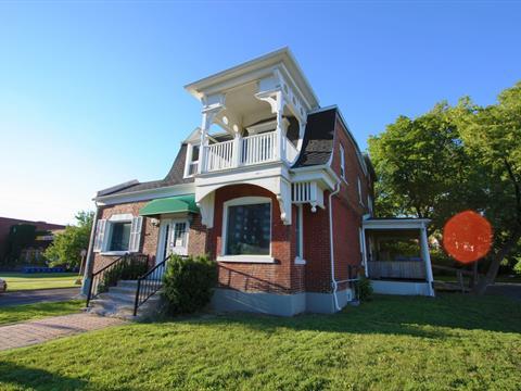 Commercial building for rent in Saint-Lambert, Montérégie, 626, Avenue  Victoria, 14052614 - Centris
