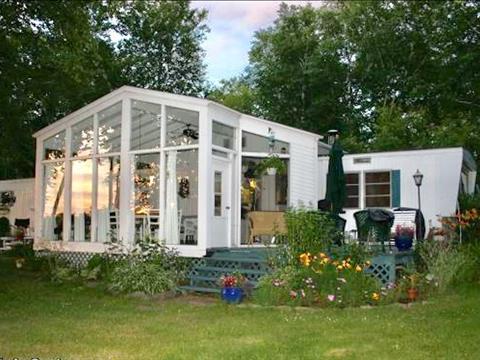 Mobile home for sale in Péribonka, Saguenay/Lac-Saint-Jean, 654, Rue  Édouard-Niquet, 28010905 - Centris