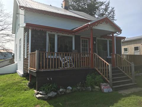 Chalet à vendre à Sainte-Apolline-de-Patton, Chaudière-Appalaches, 125, Chemin du Lac-Carré, 28637239 - Centris.ca