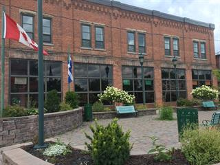 Bâtisse commerciale à vendre à Huntingdon, Montérégie, 1, Rue  Bouchette, 24868517 - Centris.ca