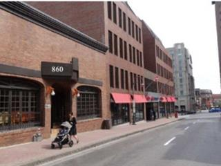 Commercial building for sale in Québec (La Cité-Limoilou), Capitale-Nationale, 860, Rue  Saint-Jean, 19063930 - Centris.ca