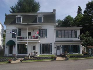 House for sale in Grandes-Piles, Mauricie, 762Z, 3e Avenue, 20902070 - Centris.ca