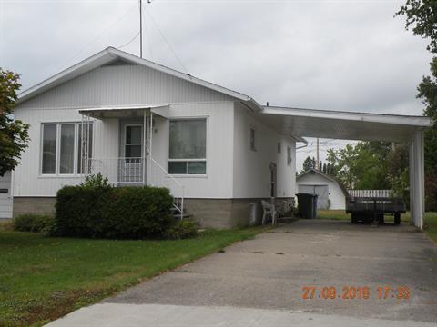 Maison à vendre à La Sarre, Abitibi-Témiscamingue, 20, 2e Avenue Ouest, 20539151 - Centris.ca
