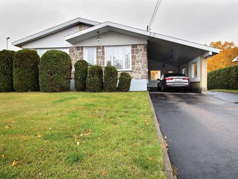 Maison à vendre à Baie-Comeau, Côte-Nord, 46, Avenue  Donald-Smith, 13464171 - Centris.ca