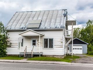 Duplex à vendre à Saguenay (Jonquière), Saguenay/Lac-Saint-Jean, 4034 - 4036, Rue du Vieux-Pont, 23540986 - Centris.ca