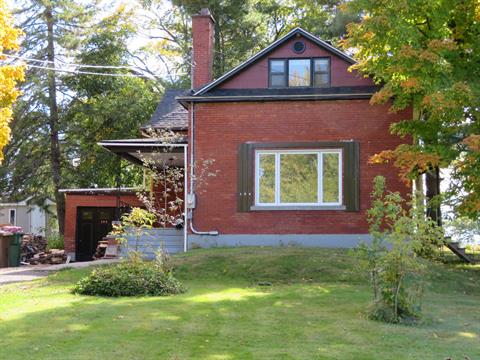 House for sale in Richmond, Estrie, 194, Rue  Aberdeen, 13815888 - Centris.ca