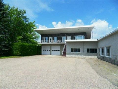 Maison à vendre à Charette, Mauricie, 151, Rue de la Station, 13900973 - Centris.ca
