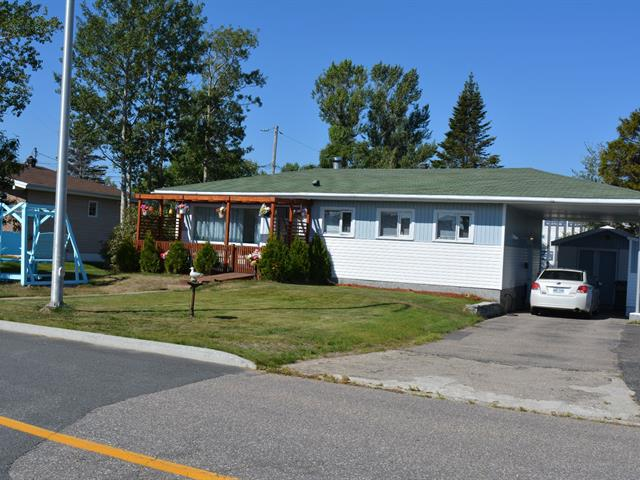 House for sale in Sept-Îles, Côte-Nord, 13, Rue  Laurin, 26838322 - Centris.ca