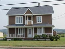 Triplex à vendre à Cap-Chat, Gaspésie/Îles-de-la-Madeleine, 134, Rue  Notre-Dame Est, 17414501 - Centris.ca
