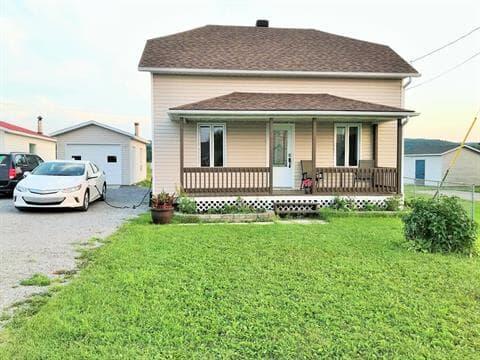 Maison à vendre à Desbiens, Saguenay/Lac-Saint-Jean, 1460, Rue  Hébert, 23258118 - Centris.ca