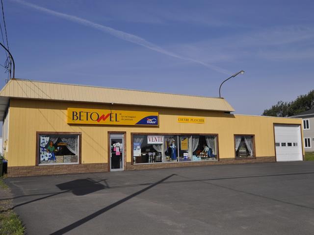 Bâtisse commerciale à vendre à Saint-Jean-Port-Joli, Chaudière-Appalaches, 518, Route de l'Église, 10321760 - Centris.ca