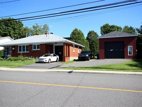 House for sale in Granby, Montérégie, 734, Rue  Denison Ouest, 28419348 - Centris.ca