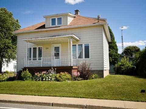 House for sale in Sainte-Cécile-de-Lévrard, Centre-du-Québec, 256, Rue  Principale, 20350719 - Centris.ca