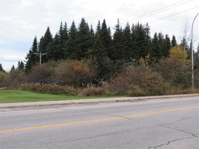 Terrain à vendre à Sept-Îles, Côte-Nord, boulevard des Montagnais, 11595909 - Centris.ca
