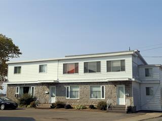 Triplex à vendre à Montmagny, Chaudière-Appalaches, 54, Rue  Michon, 12468006 - Centris.ca