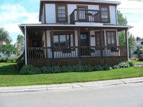 Maison à vendre à Matane, Bas-Saint-Laurent, 247, Rue  Bergeron, 9218796 - Centris