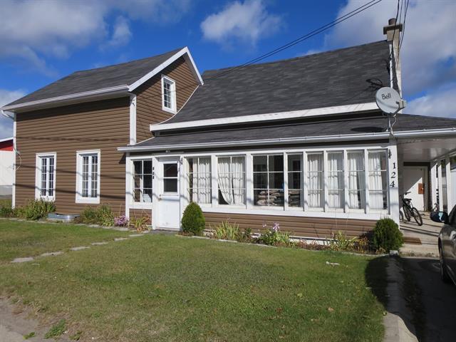 Maison à vendre à Sacré-Coeur, Côte-Nord, 126, Rue  Principale Nord, 9240880 - Centris.ca