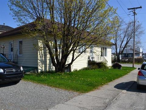 Duplex for sale in Malartic, Abitibi-Témiscamingue, 155 - 157, Avenue  Fournière, 16186608 - Centris