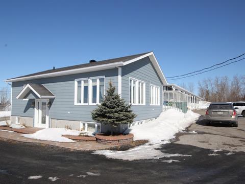 Bâtisse commerciale à vendre à Alma, Saguenay/Lac-Saint-Jean, 1350, Avenue du Pont Sud, 25809668 - Centris.ca
