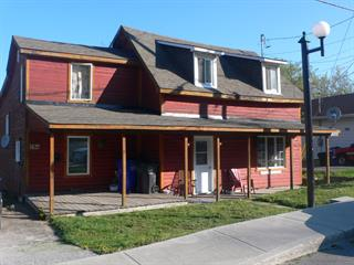 Triplex for sale in Maniwaki, Outaouais, 296, Rue  Notre-Dame, 9662761 - Centris.ca