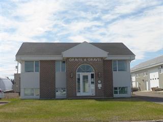 Commercial building for sale in Saguenay (Jonquière), Saguenay/Lac-Saint-Jean, 2436, Rue de la Métallurgie, 22962144 - Centris.ca