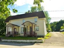 House for sale in Témiscouata-sur-le-Lac, Bas-Saint-Laurent, 2506 - 2506A, Rue  Commerciale Sud, 26262676 - Centris
