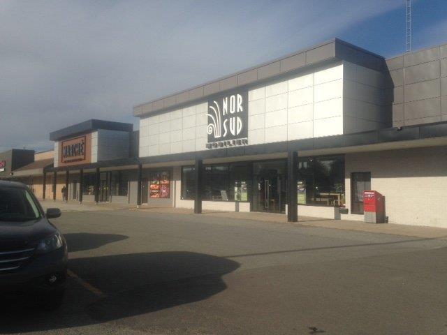 Local commercial à louer à Victoriaville, Centre-du-Québec, 118, boulevard des Bois-Francs Nord, 23675177 - Centris.ca