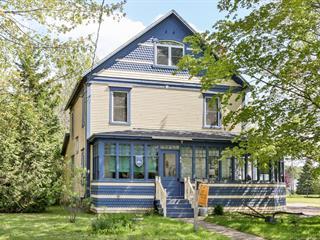 Maison à vendre à Sutton, Montérégie, 44, Rue  Principale Sud, 12947927 - Centris.ca