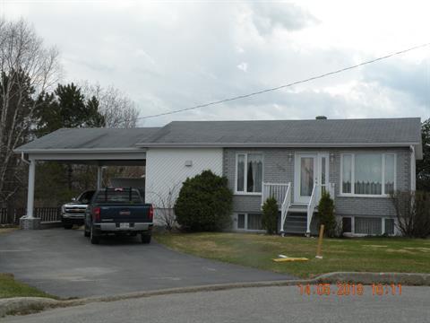 Maison à vendre à La Sarre, Abitibi-Témiscamingue, 309, Place  Trois-Cents, 19893423 - Centris.ca