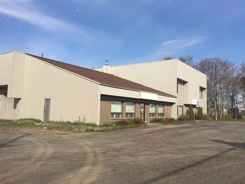 Commercial building for rent in Desjardins (Lévis), Chaudière-Appalaches, 670, Route du Président-Kennedy, 22331288 - Centris.ca