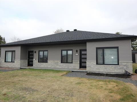 Maison à vendre à Chicoutimi (Saguenay), Saguenay/Lac-Saint-Jean, Rue  Gabriel, 23195887 - Centris
