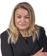 Hasna Bartakiz, Courtier immobilier résidentiel et commercial