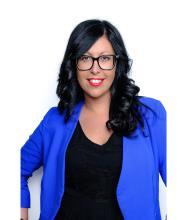 Julie Frenière, Courtier immobilier résidentiel