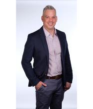 Brian Baker, Courtier immobilier résidentiel