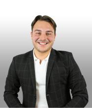 Mathieu Desruisseaux, Courtier immobilier résidentiel