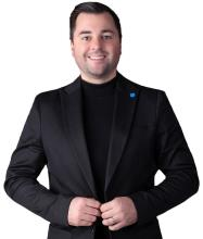 Pierre-Olivier Vear, Residential and Commercial Real Estate Broker