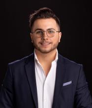 Anthony Vallée, Courtier immobilier résidentiel et commercial