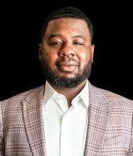 Wilfrid Mbongo, Courtier immobilier résidentiel