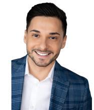 Athanasios Venardos, Courtier immobilier résidentiel et commercial