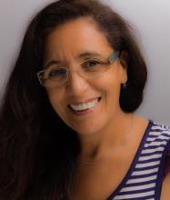 Leila Mezdoudi, Courtier immobilier