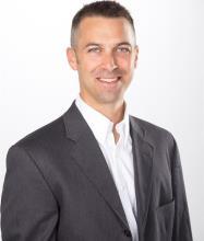 Patrick Fuentes, Courtier immobilier