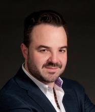 Giuseppe Bruzzese, Courtier immobilier résidentiel et commercial