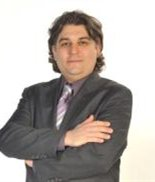 Esfandyar Baheri, Real Estate Broker
