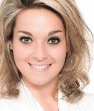 Julie Bessette, Courtier immobilier