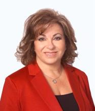 Heleni Nicolopoulos, Courtier immobilier