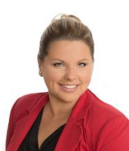 Marie-Eve Senneville, Residential Real Estate Broker